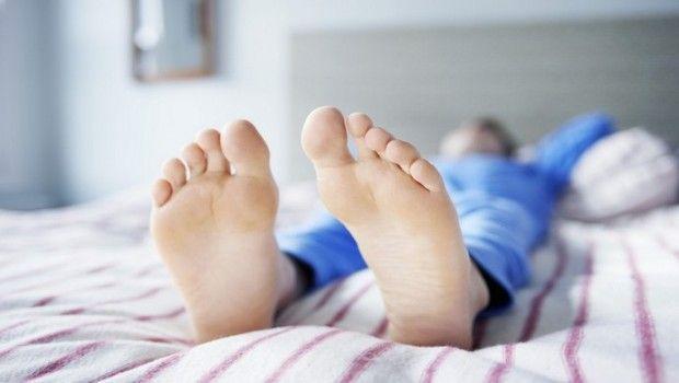 10 Em casa remédios para os sintomas da síndrome das pernas inquietas