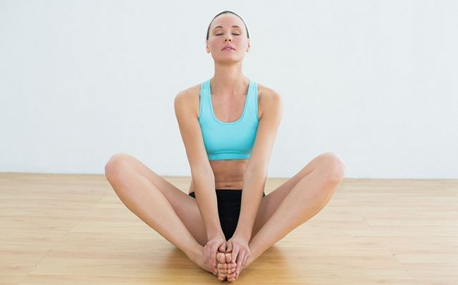 poses de ioga para SOP - badhakonasana (borboleta representam)