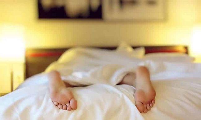 15 Remédios caseiros de mudança de vida para a síndrome das pernas inquietas