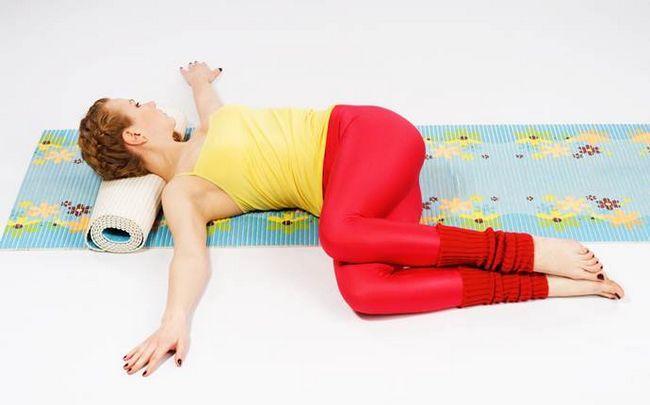 poses de ioga para a ciática - o que está para trás torção