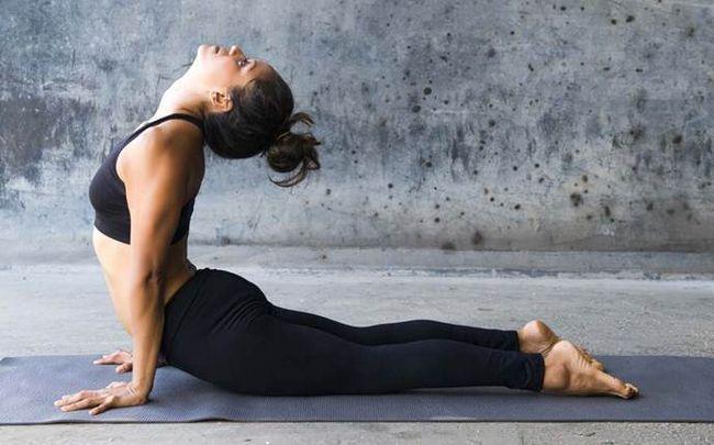 poses de ioga para a ciática - sphinx representar
