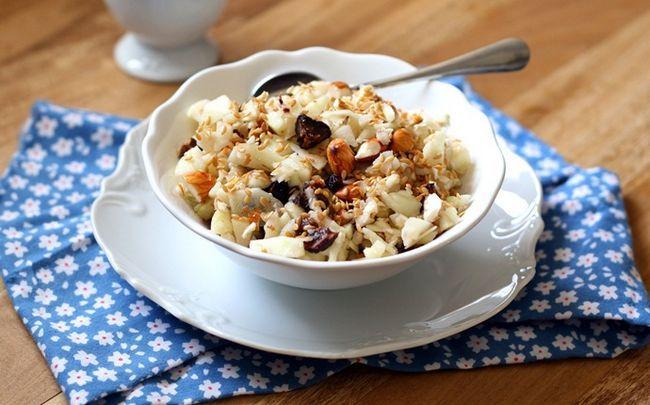 alimentos saudáveis baby - maçã e mingau de aveia