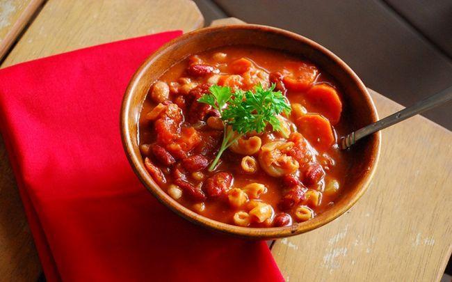 comida para bebé saudável - sopa de macarrão