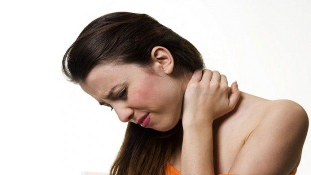 8 Home remédios para nós inchados linfáticos no pescoço, orelha, e muito mais