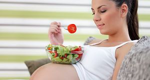 Bom e saudável nutrição durante a gravidez para manter em mente