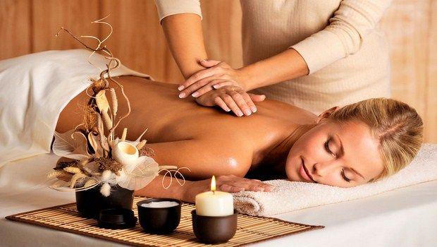 como tratar a psoríase-massagem