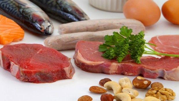 Lista de 16 fontes de alimentos ricos em proteínas