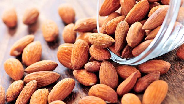 Lista dos top 14 do estômago alimentos de queima de gordura para as mulheres são revelados
