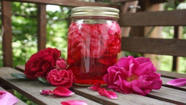Rose benefícios da água: top 17 vantagens para a pele, cabelo e saúde