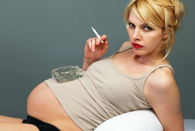 A ligação entre a cafeína e perda de gravidez